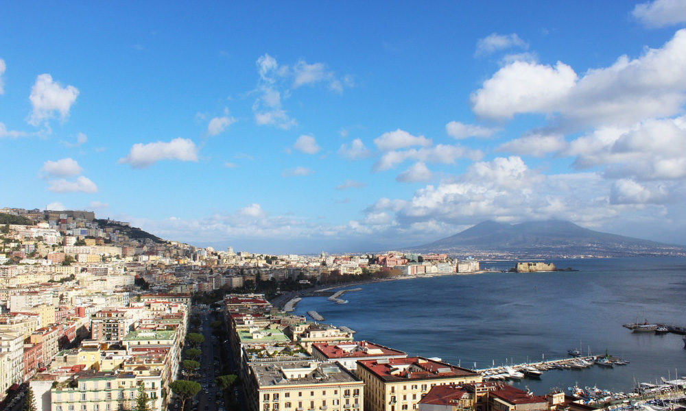 How NOT to see Naples