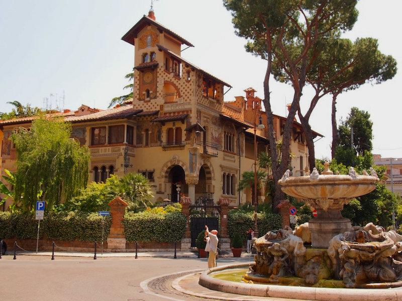 Coppedè, rome vs florence, florence vs rome, rome, dragonfly tours