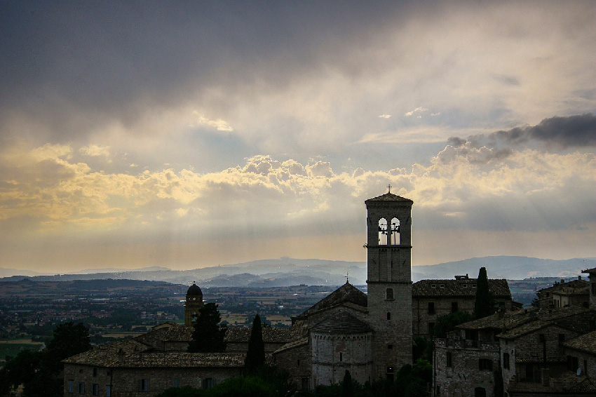 umbria, assisi, dragonfly tours