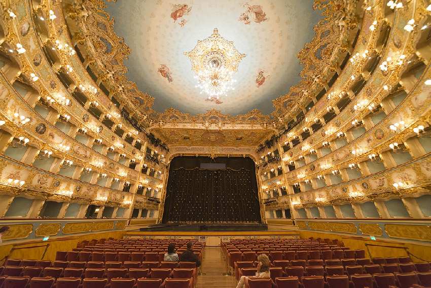 theatres in italy, dragonfly tours, fenice, venice
