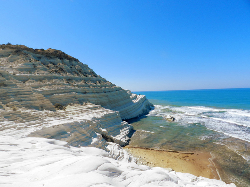 sicily, scala dei turchi, 5 best beaches of southern Italy, dragonfly tours, dragonflytours, traveling the boot,