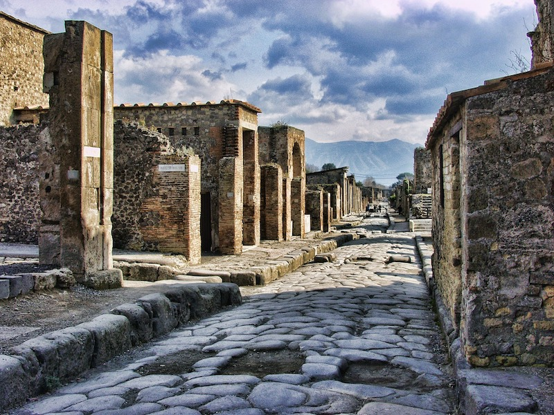 images of italy, dragonfly tours, pompeii