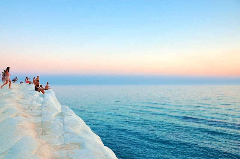 images of italy, dragonfly tours, scala dei turchi, sicily