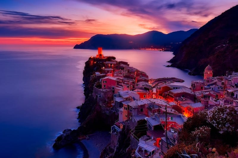 images of italy, dragonfly tours, cinque terre, vernazza