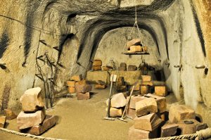 top things to see in naples: underground naples